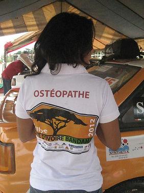 Alexandra farhat, osteopathe abidjan, osteo abidjan, ostéopathie bébés abidjan, douleurs du dos, traitement ostéopathie abidjan