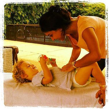 Alexandra farhat, osteopathe abidjan, osteo abidjan, abidjan, douleurs du dos, traitement ostéopathie abidjan