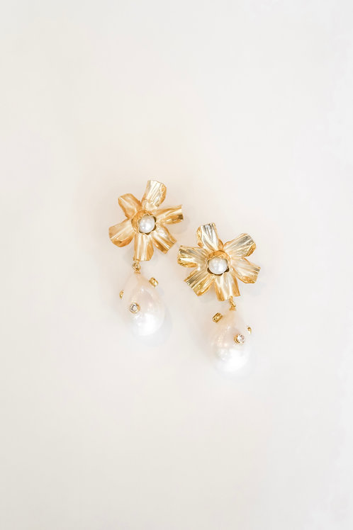 Golden Flower & Embellished Pearly Drop