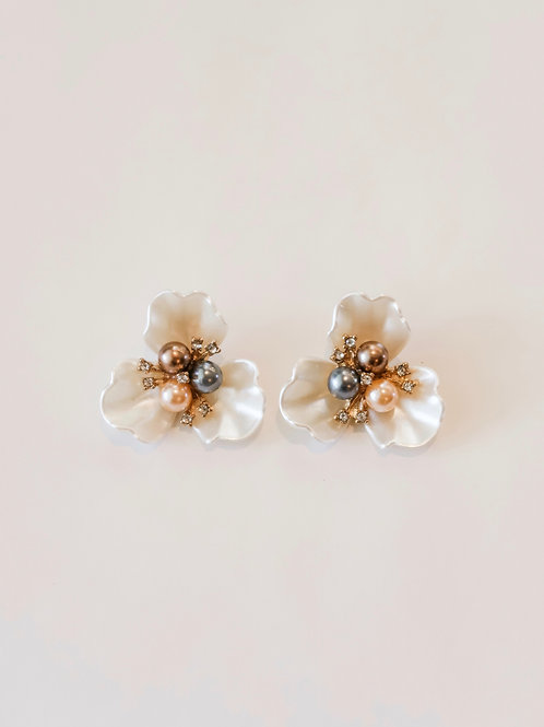 Embellished Pearly Flower