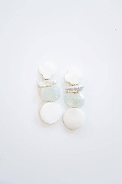 Mother of Pearl Clover & Aquamarine