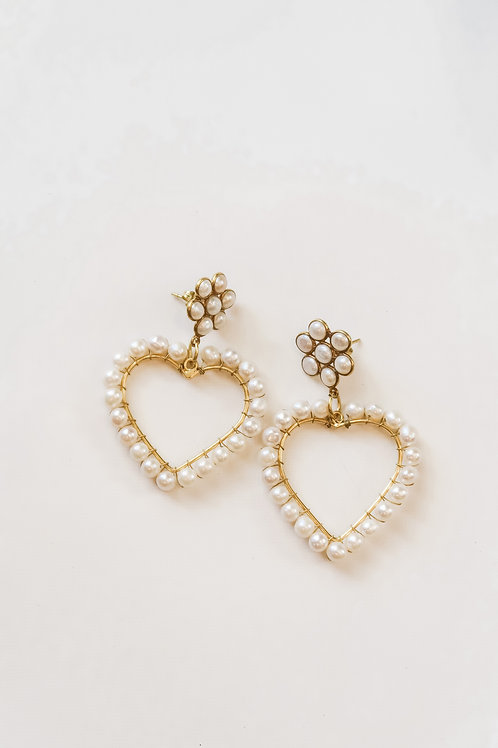 Floral Freshwater Pearl Hearts