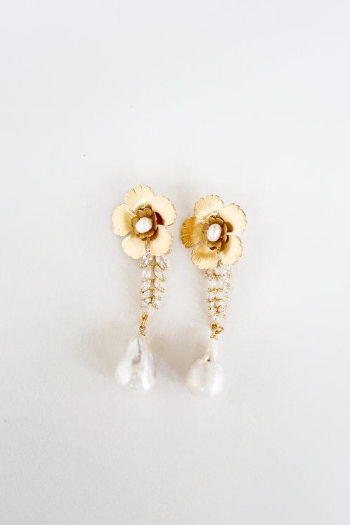 Crystal, Pearl & Brass Flowers