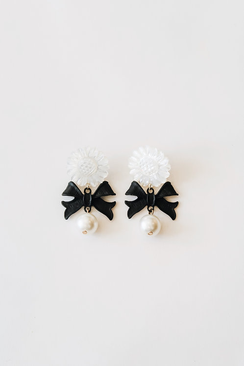 Mother of Pearl Black Bows