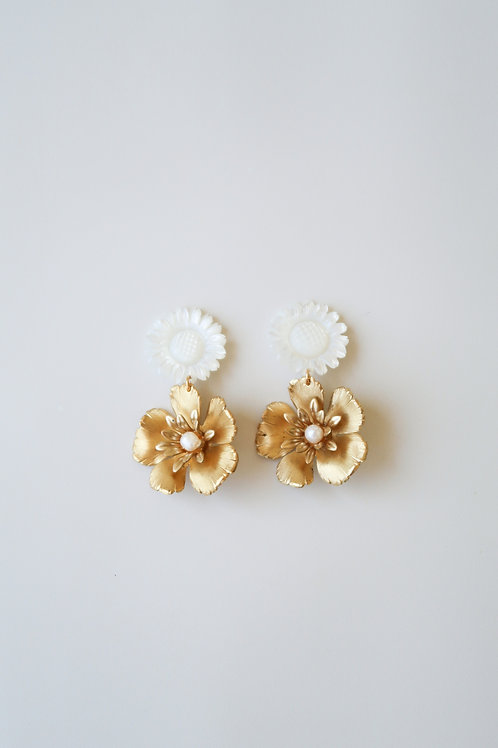 Mother of Pearl & Brass Flowers