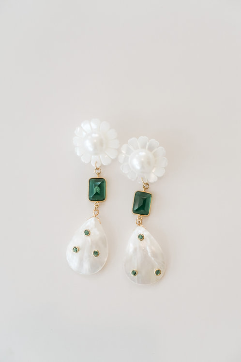 Green & White Daisy Gem Drops