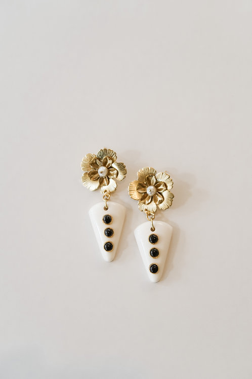 Brass Flower & Resin Drops