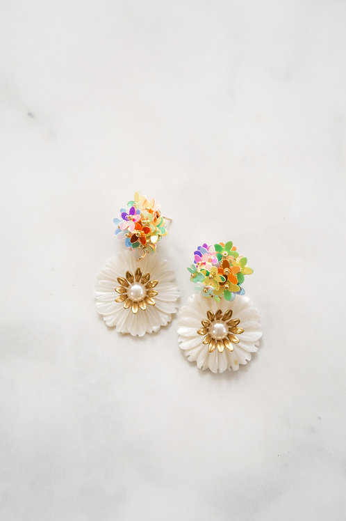 Mother of Pearl & Multicolor Blooms