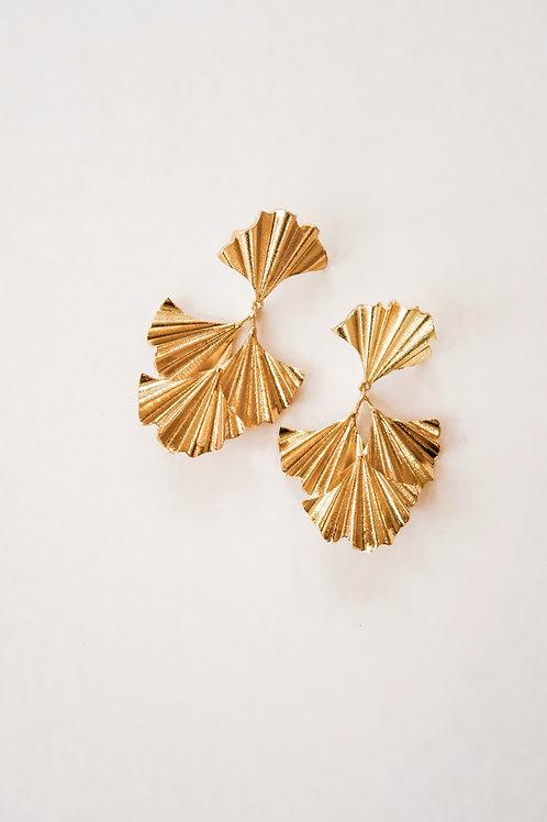 Crinkled Gold Fans