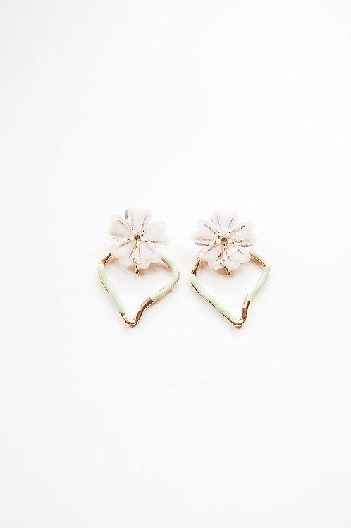 Green and White Plumeria Hearts