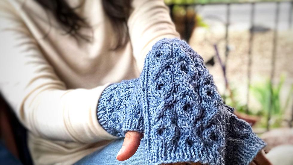 Sending Love Fingerless Gloves Pattern