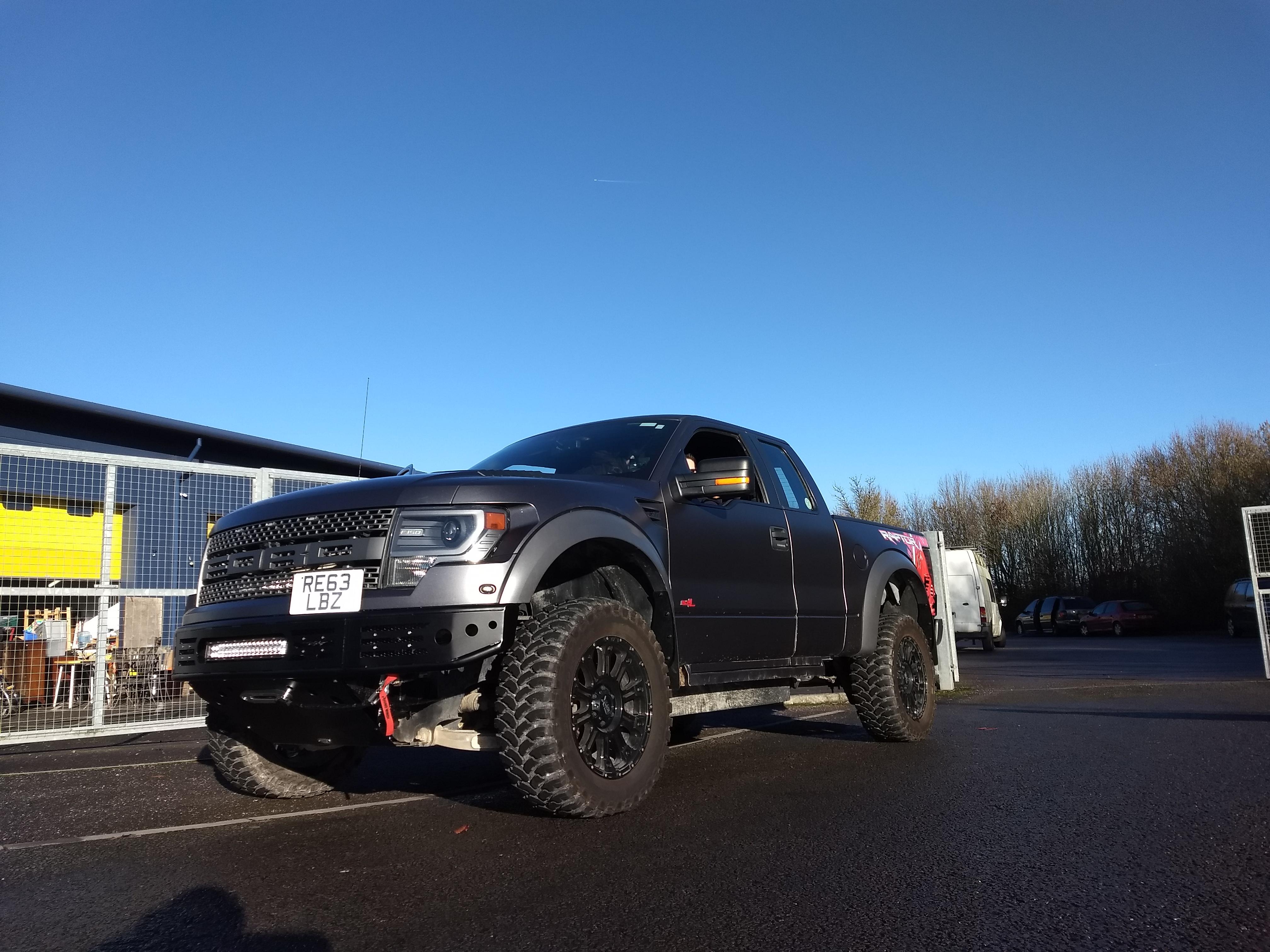 Ford_F150_Raptor_SVT