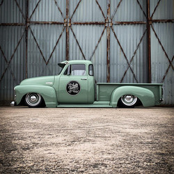 1954 Chevy 3100 stepside truck deluxe cab