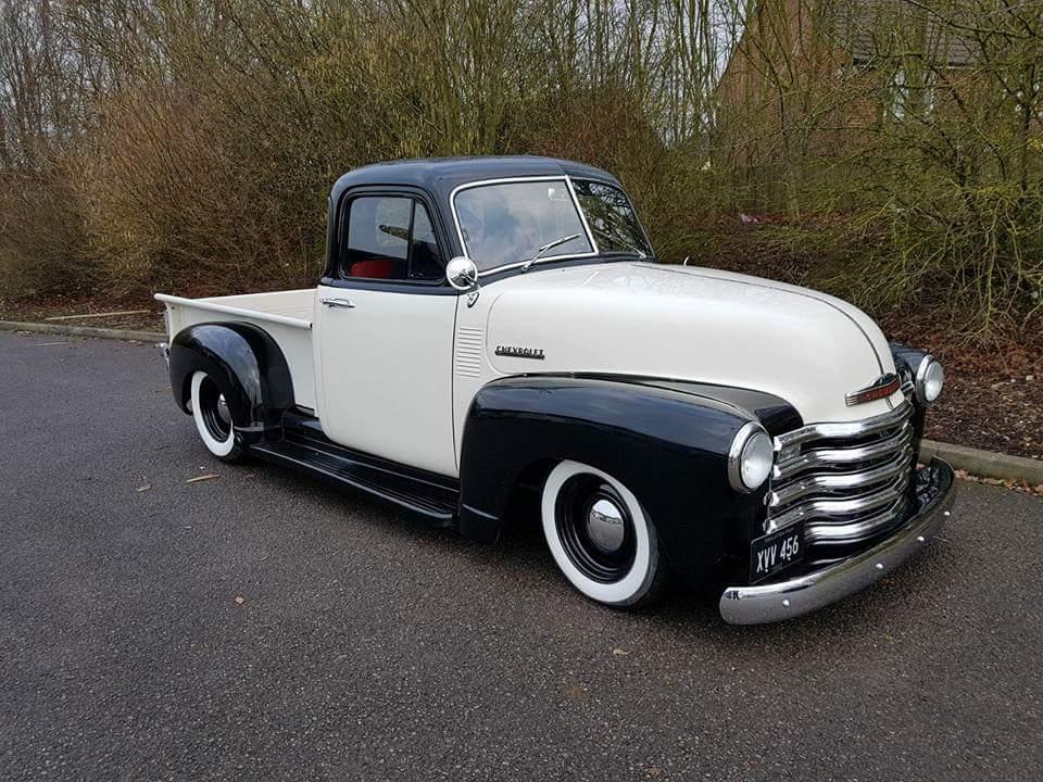 1952_Chevy_3100