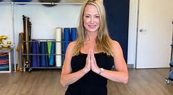 Liz_Montagna_yoga_pt.jpeg