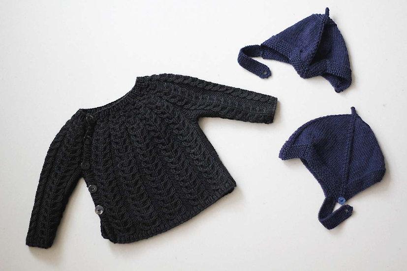 Black Cable knit jumper/Navy Blue peak hats