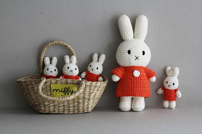 Miffy in her  orange dress / Miffy Keyrings and Miffy basket