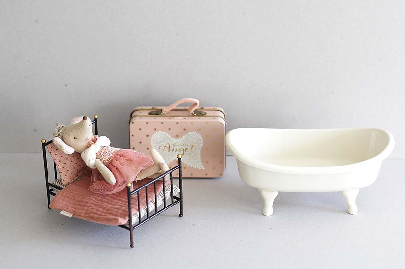 Little Princess Mouse bedroom