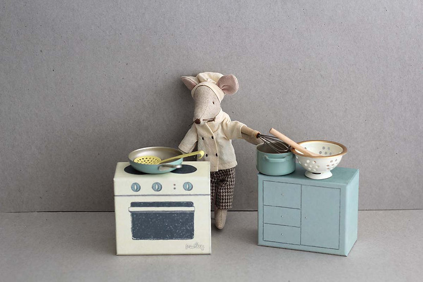 Chef Mouse and Kitchen set in a box
