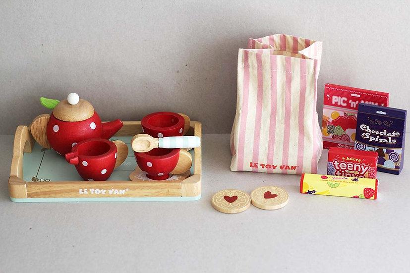 Wooden Tea Cake Set / Candies & Sweets