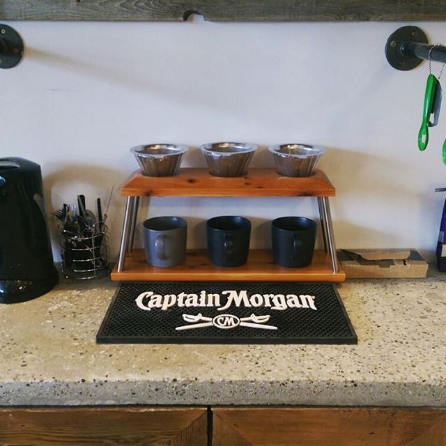 More pics of the brew station settling i