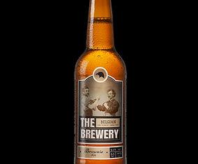 ゴールドラベル付きビール瓶