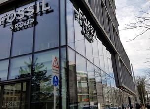 FOSSIL集团智能腕表主打时尚