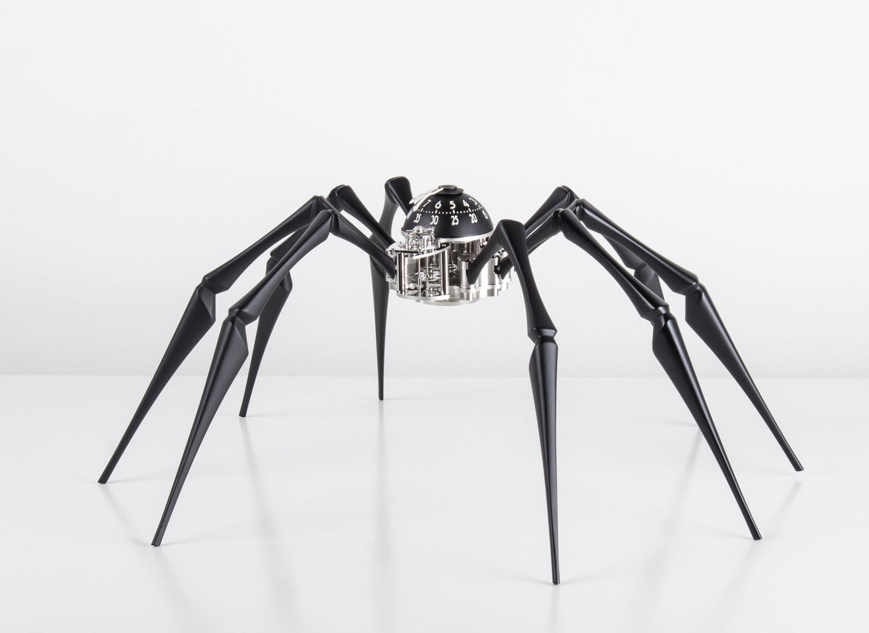 与L'Epée 1839携手推出 Arachnophobia蜘蛛造型报时装置。