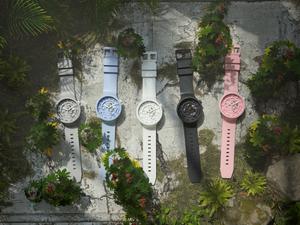 Swatch再创新 推出陶瓷材质Big Bold