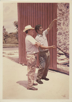 Proyectando Mural en La Tallera 2. Cuernavaca, Morelos. 1967
