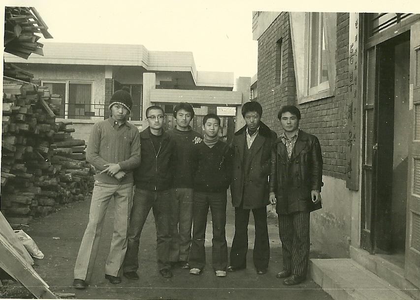 동부체육관 1기생 1975.jpg