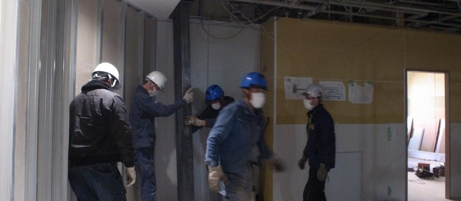 ビルEVホール改修 スチール格子・枠の取付工事