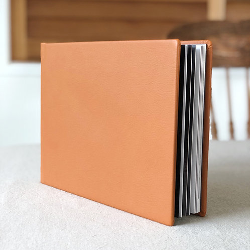 RETAIL 8x8 LEATHER LOOK  FLUSHMOUNT ALBUM