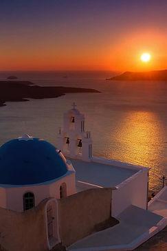 Santorini Oia sunset dinner 2.jpg