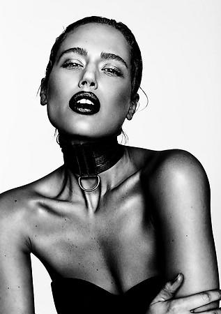 Photo: Frank Jurisch Model: Jill Mo Hair & Makeup: Nicole Kau Creative Stylist: Laura Viktualia Choker: Good Night Medusa