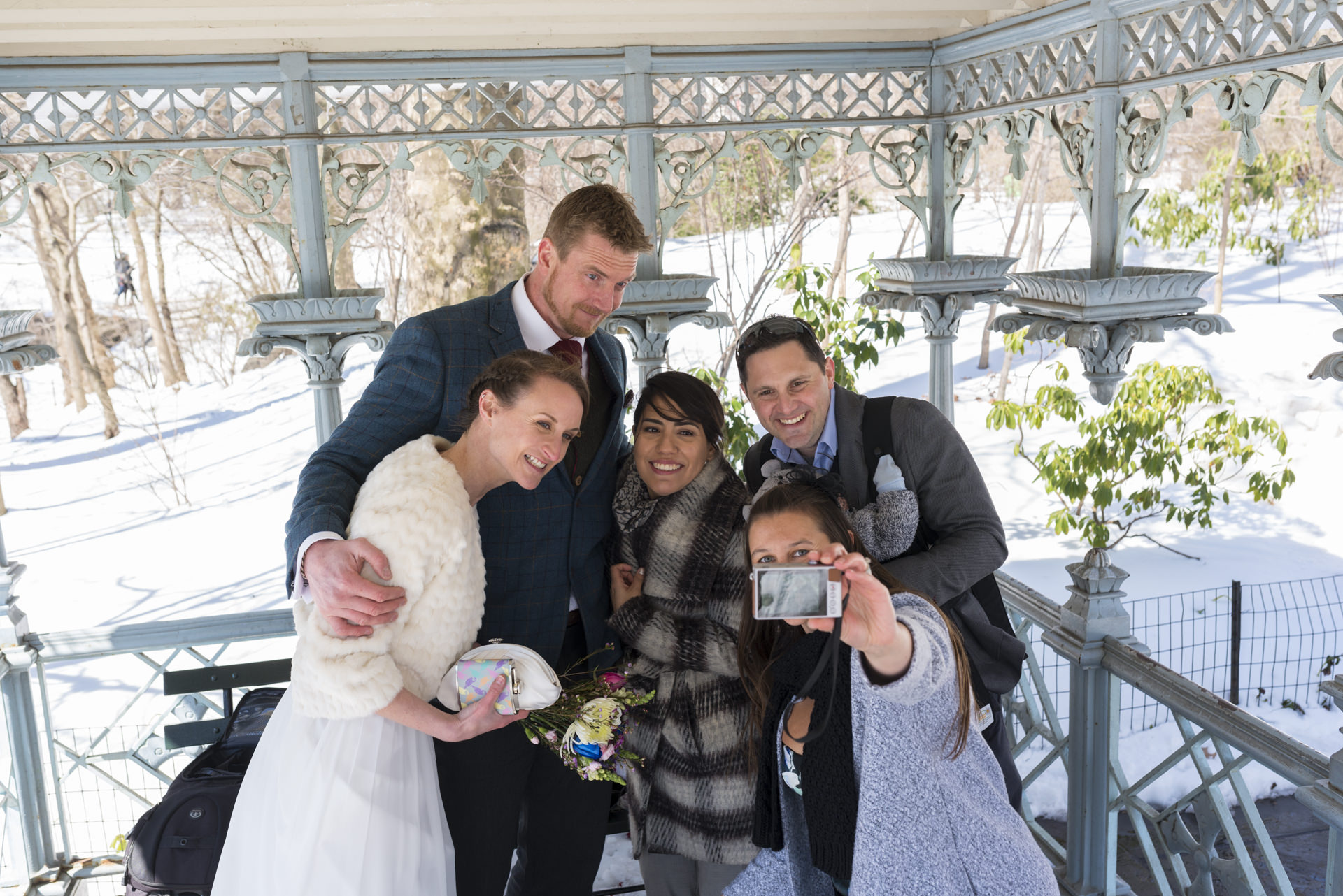 Kerry and Luke elope in Central Park