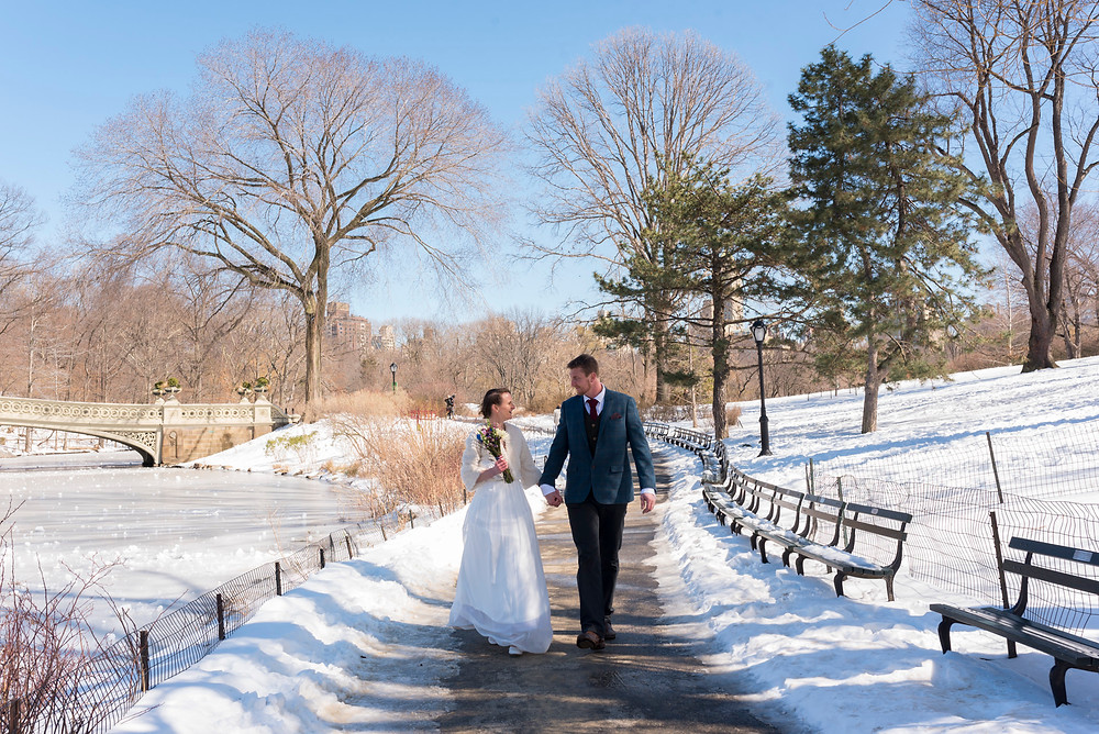 Kerry and Luke get married in Central Park