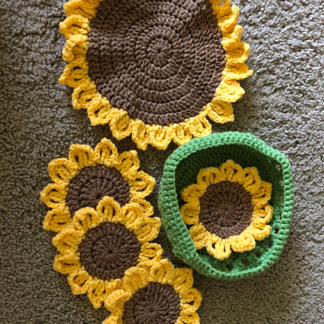 Sunflower Set - $25.00