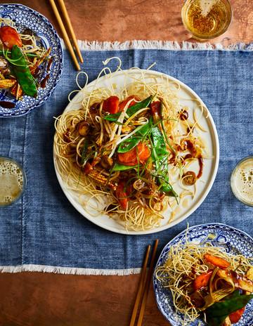Veggie Chinese Takeway Book - Sam Folan - Emily Jonzen