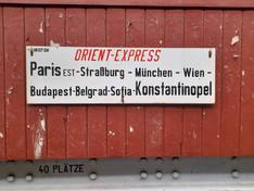Zuglaufschild des Wagens