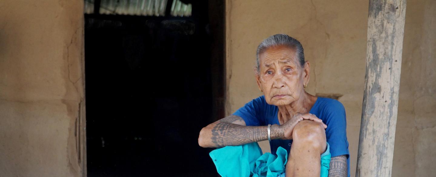 Alte Dame aus Nepal