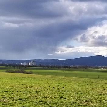 Regenwolken über dem Taunus