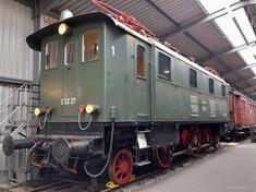 elektrische Personenzuglok BR E32