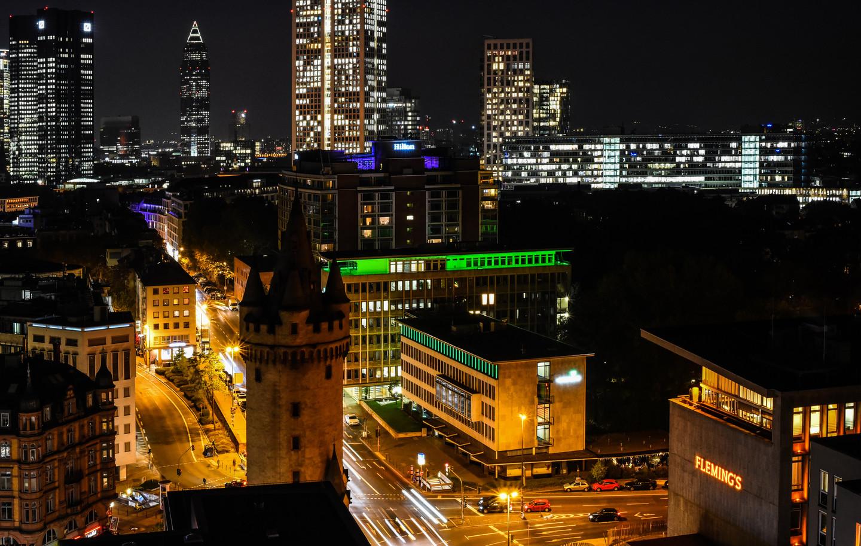 Frankfurt rush houer.jpg