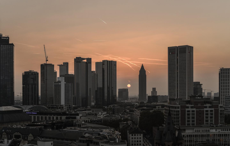 Frankfurt vor Sonnenuntergang.jpg