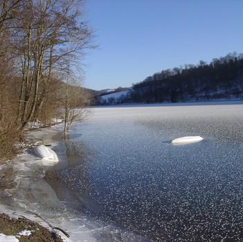 Eis auf dem Diemelsee