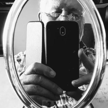 15_Im Spiegel