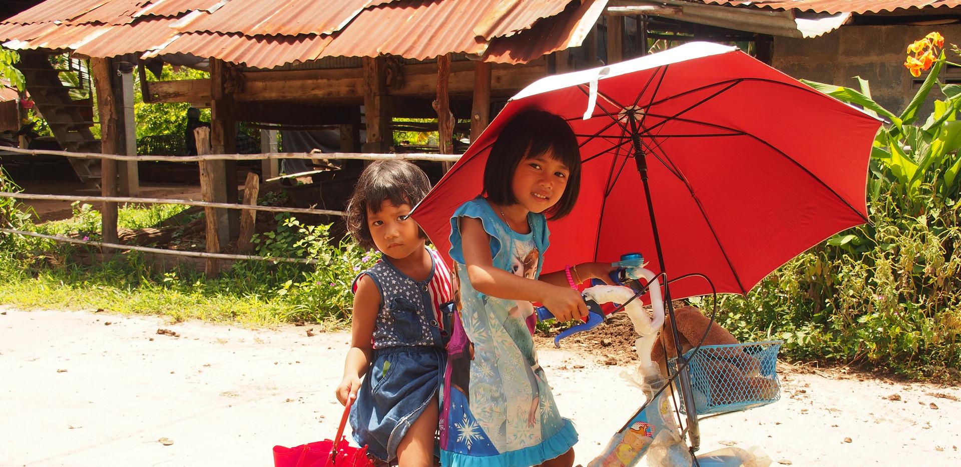 07__Nord_Thailand___fröhliche_Dorf_Kinde