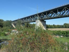 Assenheimer Eisenbahnbrücke
