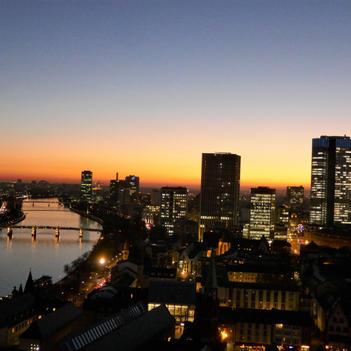Blaue Stunde über der City (3)